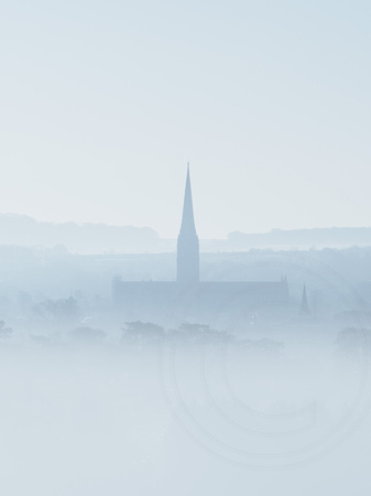 002 Salisbury Cathedral - Morning mist20180313_photo by Ash Mills